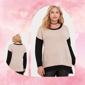 Torrid Plus Sweater, Size 4 (26)  EUC
